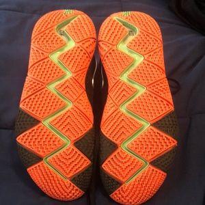 Nike Shoes - Kyrie 4 Halloween